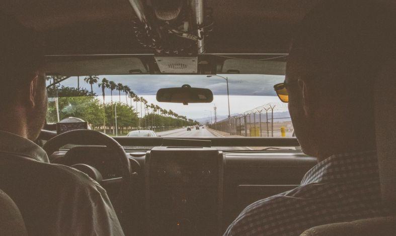 Amaksofobia, czyli lęk przed prowadzeniem samochodu. Skąd się bierze i jak go pokonać?