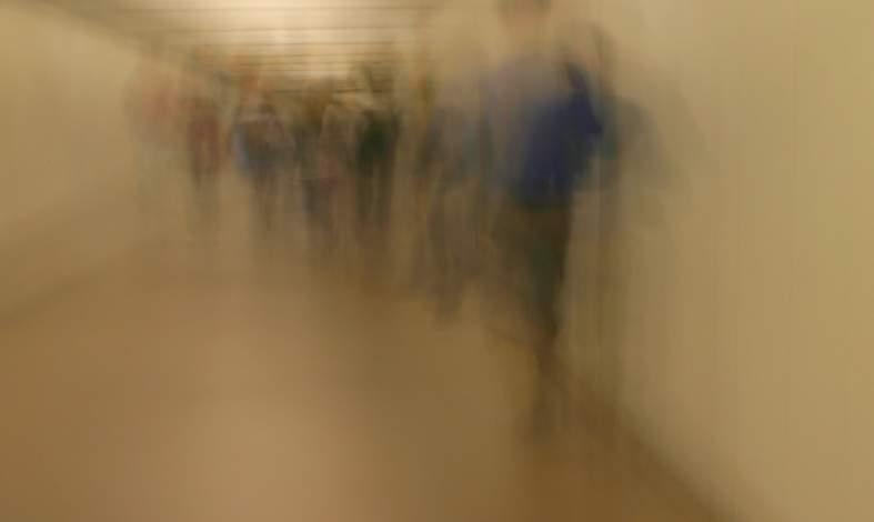 Jakie wydarzenia z dzieciństwa wpływają na rozwój fobii i zaburzeń lękowych?