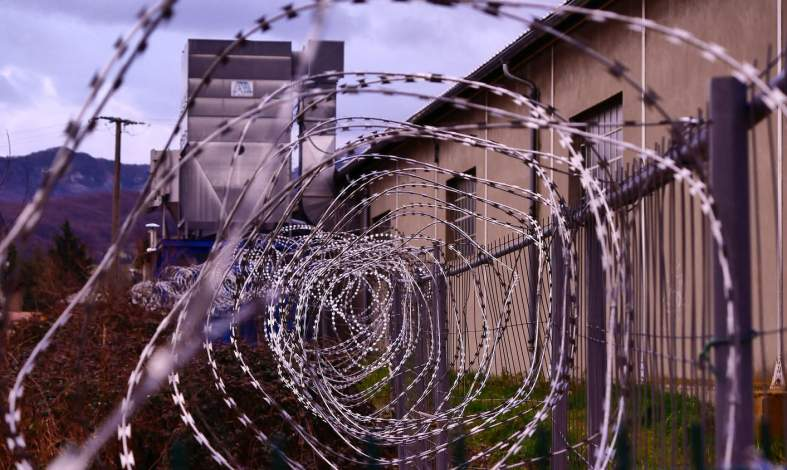 Krytyka więziennego eksperymentu Philipa Zimbardo. Czy można wierzyć w efekt Lucyfera?