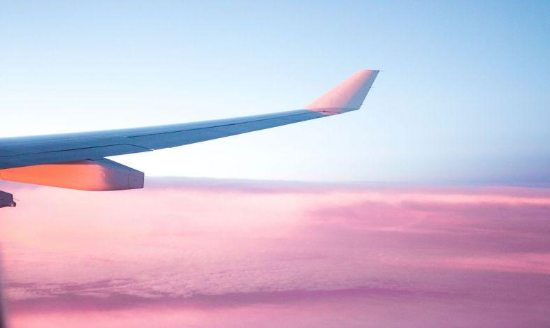 Jak pokonać strach przed lataniem samolotem?