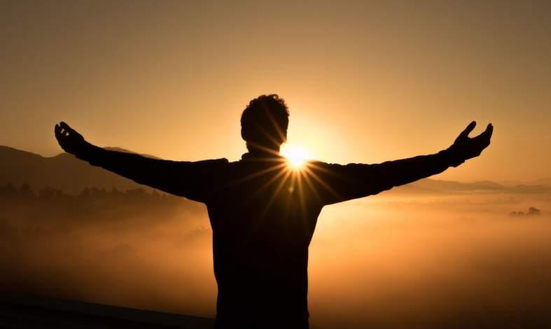 Oto 5 elementów dobrego życia. Poznaj model PERMA i wprowadź go w życie od zaraz