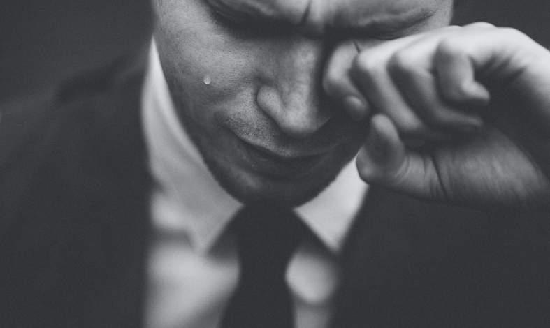 niedojrzałość emocjonalna objawy
