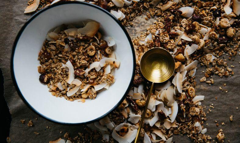 Dieta w nerwicy. Co warto jeść, a czego unikać?