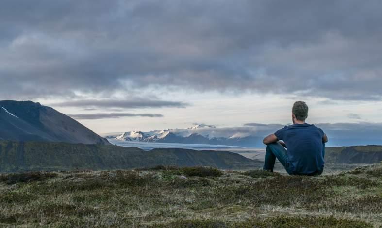 Jak zastąpić szkodliwe myśli tymi pozytywnymi? Restrukturyzacja poznawcza krok po kroku
