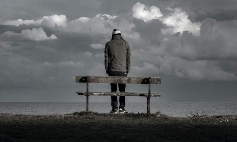 Czym jest schemat wyobcowania i izolacji społecznej?