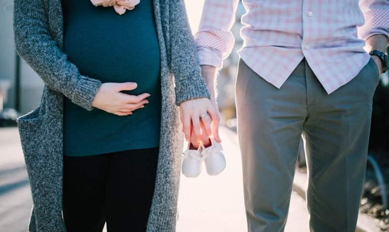 Kiedy mężczyzna doświadcza objawów ciąży. Czym jest syndrom kuwady?