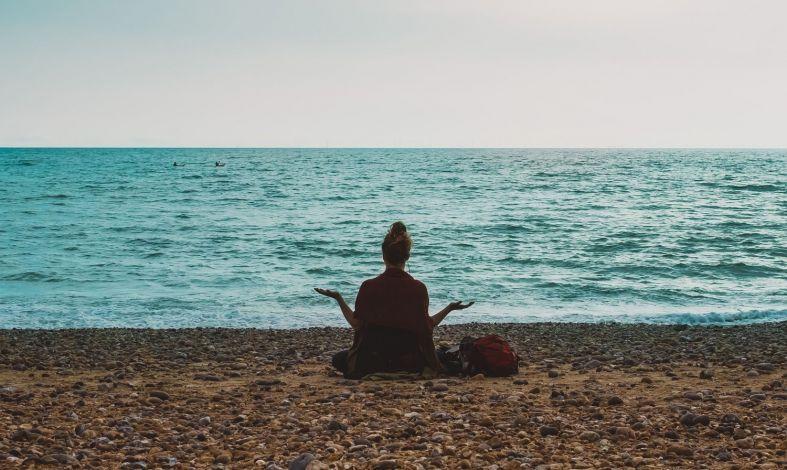 Techniki oddychania, które pomogą Ci uspokoić nerwy i emocje