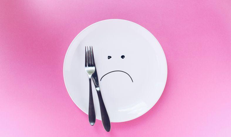 Dieta w depresji. 6 wskazówek co jeść, aby poczuć się lepiej.