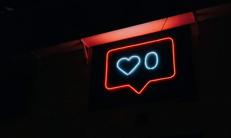 Uzależnienie od social media - jak je rozpoznać i co robić dalej?